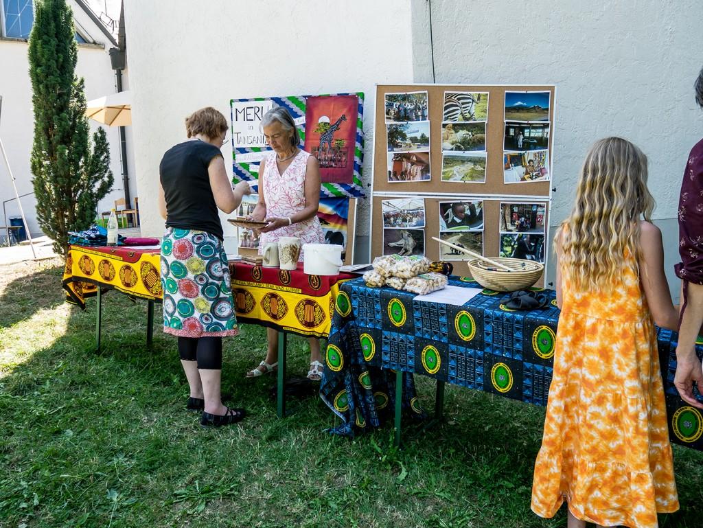 Info-Stand zu unserer Partnerdiözese Meru/Tansania
